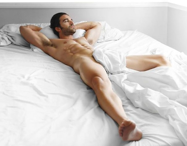 Vuelo de la Esfinge - dormir desnudos 01_